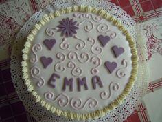 Torta per Emma... 6 anni  http://creandosicrescecrescendosicrea.tumblr.com/post/31448199928/tortaemma6anni