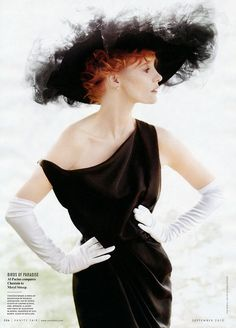 Jessica Chastain - Vanity Fair by Mario Testino, September 2012    JChas is bringing some Dovima realness here