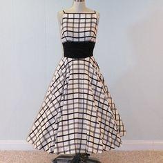 Vintage 50s Black White Check Full Circle Skirt
