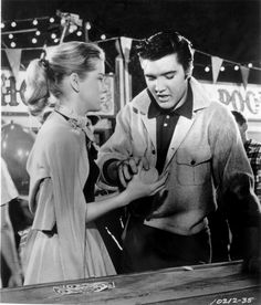 thewonderofelvis:  Elvis and Dolores Hart in Loving You, 1957.   ♡