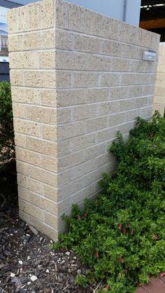 Austral Bricks Harvest Cotton exterior Outdoor House Colors, Exterior House Colors, Brick Mailbox, Wall Design, House Design, Boundary Walls, Brick Colors, Bbq Ideas, Town House