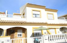3 Bedroom Townhouse in San Pedro Del Pinatar to rent from £201 pw. With balcony/terrace, air con, TV and DVD.
