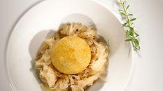 Grammelknödel mit Sauerkraut und Krautsalat Andreas, Sauerkraut, Eggs, Dishes, Breakfast, Food, Coleslaw, Tutorials, Kochen