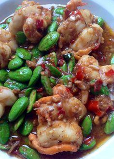Thai food. ผัดสะตอกุ้ง