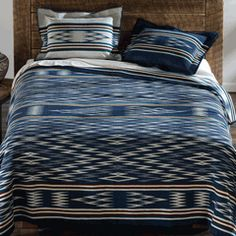 Curl up with premium wool bedspreads & bedding collections from Pendleton. Western Bedding, Rustic Bedding, Ikat Bedding, Bedding Sets, Bedding Collections, Home Collections, Taos New Mexico, Desert Fashion, Furniture Upholstery