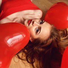 #red #queen #trendbookcz #liberec #czechrepublic #wildculturecz #vscocze #redhead #heart #valentinesday #valentine #love #kiss #girl #woman #freckles #ginger #instagram_faces #expo #expressyourself #create #createcommune #bravogreatphoto #blue #staypositive #appreciate #redlips #kissable #ruivo #_fairies @_fairies @gingered_girls @bravogreatphoto @portraitpage @instagramskilla