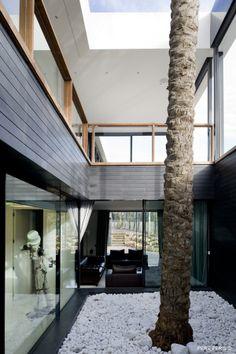 Modern Window Residence in Valencia by LADAA