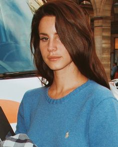 Lana Del Rey t-shirt sunset color world pop music star great artist tee