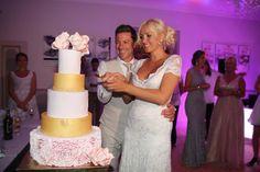 Hélène & JeanStephan   Film & Photography - @mariemarrymeinc   Gown - @rosaclara   Shoes - @rosaclara & @caovilla-rene   Catering - @castellum24   Wedding Planner & Designer - @HappilysEvents #mariage#wedding#cake#gateau#sweet #love#happilysevents #chateaudepuyrobert #fondant #amoureux #couple #chic #mariemarryme