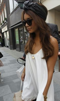 Vanessa Hudgens' look........perfect
