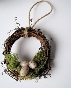 Rustic Wreath Ornament Nest with Moss and Eggs, Garden Christmas