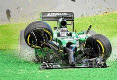 Formula 1 2014 season, 1st race, 1st lap, 1st turn...