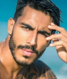 His hair, eyebrows, moustache and beard. Face Men, Male Face, Beautiful Men Faces, Gorgeous Men, Guys Eyebrows, Handsome Faces, Handsome Man, Scruffy Men, Hommes Sexy