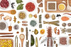 World renowned holistic cancer treatment expert Dr. Leigh Connealy shares the top 31 research-backed herbs and supplements for treating and preventing cancer naturally. #FightCancer #HolisticHealth