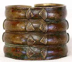 Africa | Currency bracelet from the Baoule people of the Ivory Coast | Bronze | ca. early 1900s