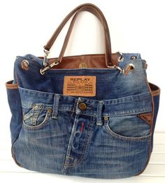 Jeans Bags - Most Beautiful Bag Models 2019 Diy Jeans, Jean Purses, Denim Purse, Denim Ideas, Denim Crafts, Diy Handbag, Boho Bags, Jeans Material, Recycled Denim