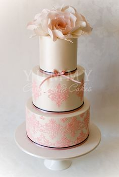 Yummy Cupcakes and Wedding Cakes Amazing Wedding Cakes, Amazing Cakes, Pretty Cakes, Beautiful Cakes, Cakes For Women, Classic Cake, Just Cakes, Cake Gallery, Elegant Cakes