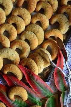 Vegan Sweets, Goodies, Baking, Recipes, Food, Sweet Like Candy, Bread Making, Treats, Meal
