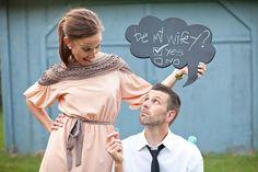 Gaan jullie in 2012 trouwen? Leuke ideeën voor een pre wedding shoot - Pinterested @ http://wedspiration.com.