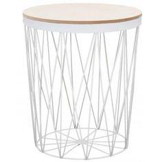 Moderní odkládací stolek Ronde s odnímatelnou dřevěnou deskou a černou kovovou spodní částí.
