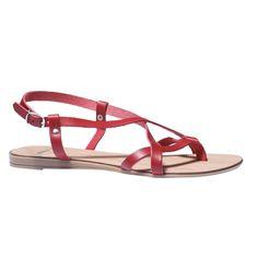 Dámske kožené sandále so subtílnymi remienkami, ktoré sú navrhnuté pre maximálny komfort. Noste ich do mesta aj na pláž a užívajte si letné slnko.