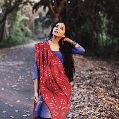 The Scarlet Window — Bandhani Bandhani is a form of textile art, which. Indian Dresses, Indian Outfits, Indian Clothes, Estilo India, Indian Photoshoot, Photoshoot Ideas, Churidar Designs, Photography Poses Women, Photography Camera