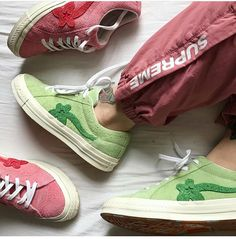 Green vs Pink - which one would you choose? Aesthetic Shoes, Urban Aesthetic, Aesthetic Fashion, Converse, Basket Mode, Hype Shoes, Clothing Hacks, Dream Shoes, Fashion Lookbook