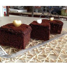 NURLUMUTFAKTA !!!: Çikolata Kremalı Kek
