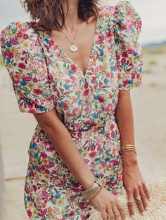 Frock Dress, High Fashion, Womens Fashion, Summer Outfits Women, Pretty Outfits, Spring Summer Fashion, Style Inspiration, Fashion Outfits, Couture