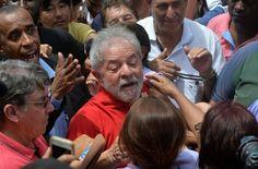 O ex-presidente Lula pediu a seus partidários que o apoeim depois do polêmico incidente em que foi levado à força para prestar declarações sobre seu suposto envolvimento no megaescândalo da Petrobras.