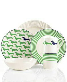 Need these Dachshund plates :)