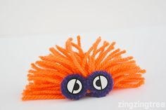 Learn How To Make These Easy Mischievous Yarn Monsters Yarn Crafts For Kids, Diy Projects For Kids, Crafts For Teens, Art Projects, Arts And Crafts, Teen Crafts, Drinking Straw Crafts, Yarn Monsters, Origami Toys