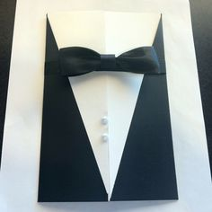 Like this idea for the invitations since we are doing the James Bond theme.