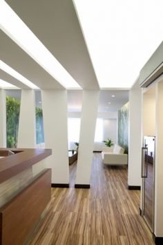 Interior design of a dental office in Kifisia, Athens, Greece - hhh architects Clinic Design, Healthcare Design, Commercial Design, Commercial Interiors, Ceiling Design, Wall Design, Interior Architecture, Interior Design, Dental Office Design