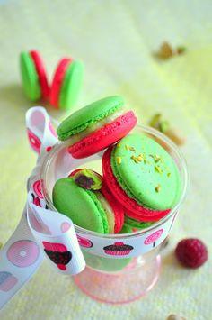 Meringue Desserts: Pistachio & raspberry macarons (PH's Montebello)