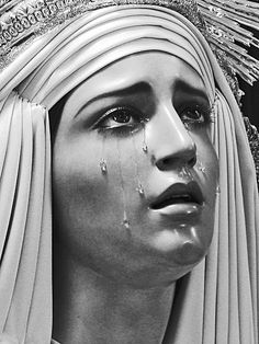 Our Lady of Sorrows Pray for us Mommy Mary. Religious Tattoos, Religious Art, Mary Tattoo, Virgin Mary Statue, Statue Tattoo, Our Lady Of Sorrows, Tattoo Project, Holy Mary, Mother Mary