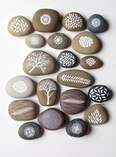 Painted stones to spice up the garden floor