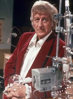 An entry from the Guide to Doctor Who and its associated spin-offs, including Torchwood and The Sarah Jane Adventures. Doctor Who Funny, Doctor Who Tv, 11th Doctor, Original Doctor Who, Jon Pertwee, William Hartnell, Blake Lively Style, Classic Doctor Who, Female Doctor