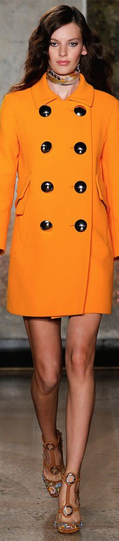 Emilio Pucci Spring 2015 Ready-to-Wear Collection Orange Fashion, Colorful Fashion, Feminine Fashion, Emilio Pucci, Italian Fashion Designers, Mellow Yellow, Personal Style, Cool Outfits, Autumn Fashion