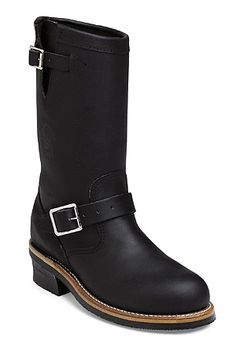 "Said to be the same style boot Marlon Brando wore in ""The Wild One"" Chippewa Men's Black Engineer Boot Style: 27899"