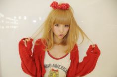 oohjacquelina: Blonde Asian? hell ya. Blonde Asian, Asian Hair, Gyaru Fashion, Cute Fashion, Ideal Beauty, Popular Girl, Japanese Street Fashion, Light Hair, Japanese Models