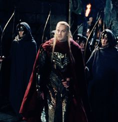 Oh, the things you discover reading end notes in volumes of Tolkien. Haldir: [oh, this I have to see…] Arwen: You owe me, Aragorn! Aragorn: Why? Legolas, Aragorn, Thranduil, Gandalf, Arwen, O Hobbit, The Hobbit Movies, Das Silmarillion, Lotr Elves