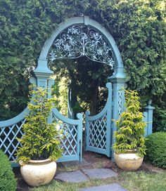 Paradise Found...in the garden.  Lovely! pin by Sonya Noga <5thandstate.blogspot.com>