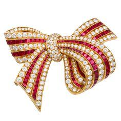 VAN CLEEF & ARPELS Diamond Ruby Bow Pin  France  Modern