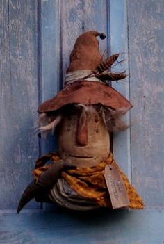 Primitive SCARECROW HALLOWEEN KEEPER of the CORN Doll Pattern #hillkountrykrafts
