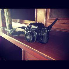 Nikon marca popular de cámaras preferida por muchos foto periodistas