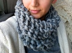 How to Make a 10 Minute Cowl with Arm Crochet