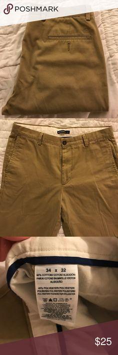 EUC DOCKERS KHAKI FLAT FRONT PANTS SIZE 34/32 EUC Levi's Dockers Flat Front Slim Fit Khaki Pants. Size 34/32 Dockers Pants Chinos & Khakis