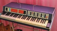 JUNOST 73 (Unost' - 73) uber cool looking soviet synth organ