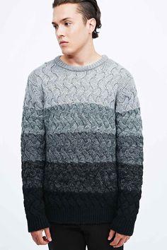 #Knitulator #Zopfmuster: #Männerpullover  Indigo & Maine – Grauer Pullover mit Zopfmuster und Farbverlauf